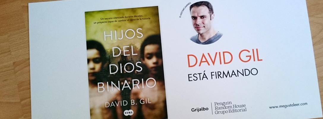 David B. Gil está firmando